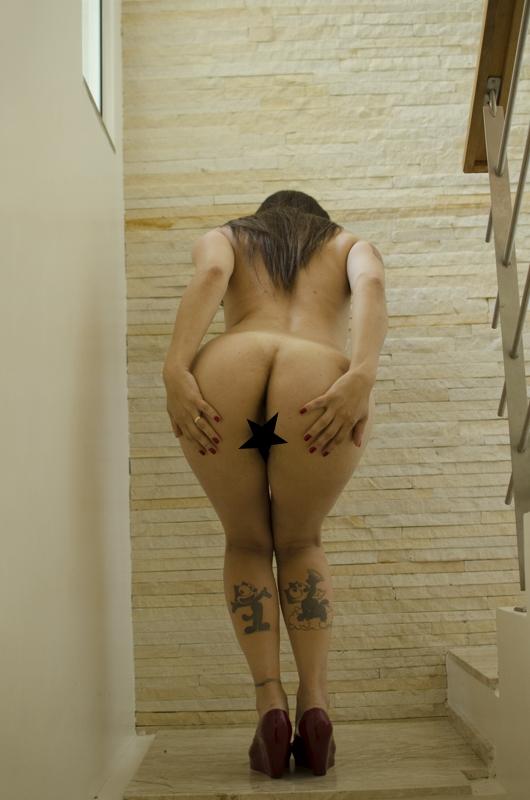 Graziela está no site de sexo ao vivo CameraHot