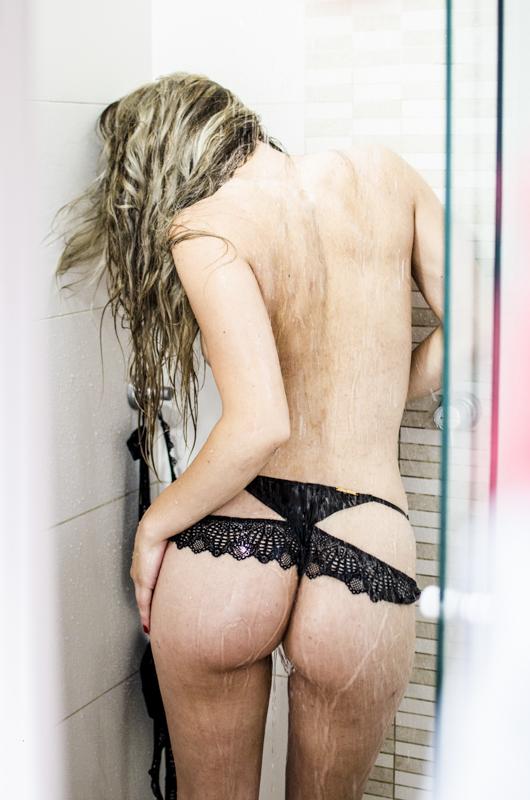 Rubi Sexy está no site de sexo ao vivo CameraHot